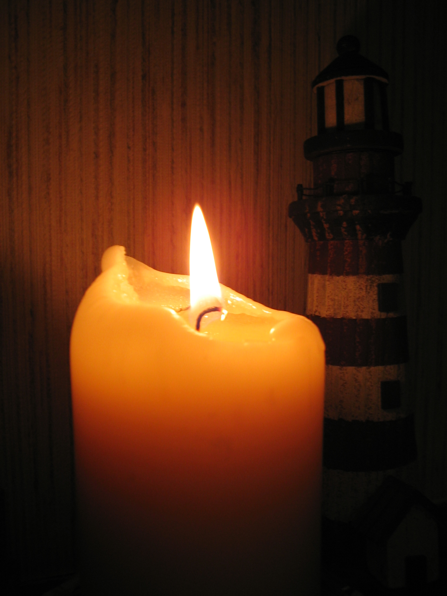 Http En Wikipedia Org Wiki File Candle Lighthouse Jpg