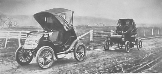 File:Fritchle towing Olds.png