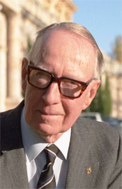 Ian Medcalf Australian politician