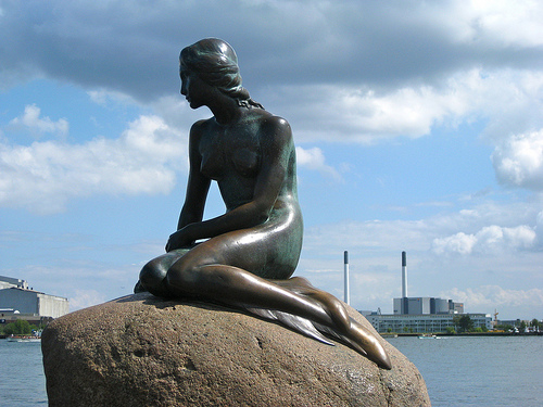 File:The Little Mermaid statue.jpg
