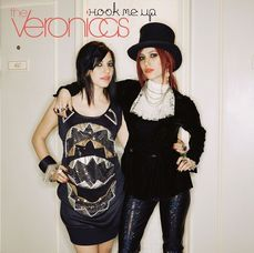 The Veronicas — Hook Me Up (studio acapella)