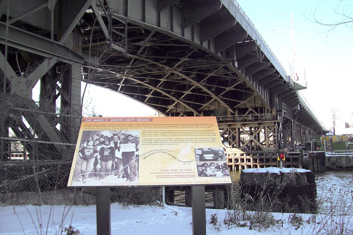 File:James E  Groppi Unity Bridge jpg - Wikipedia