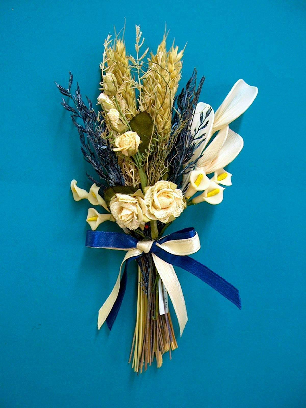 File:Dried flowers.jpg - Wikipedia