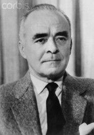Richard Llewellyn British novelist