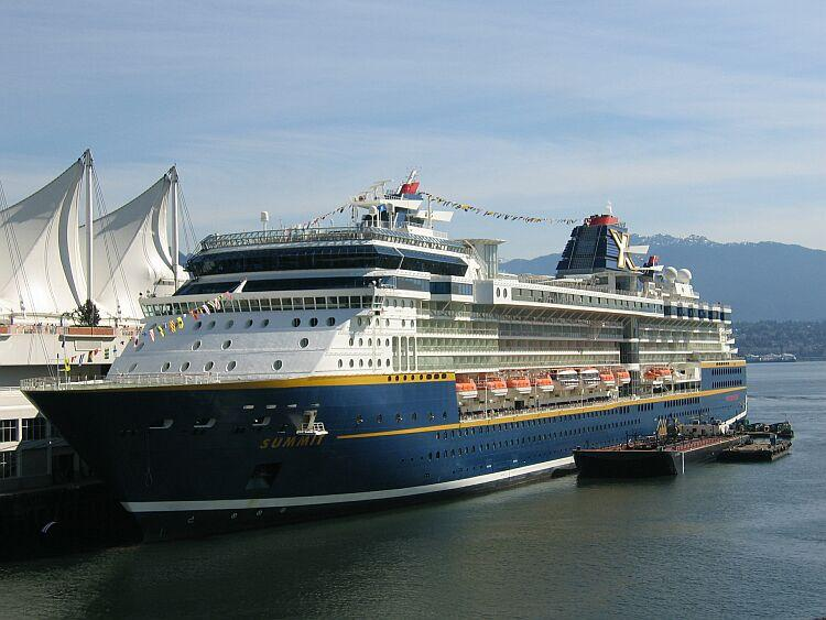 File Gts Summit Celebrity Cruises Rccl Jpg Wikipedia