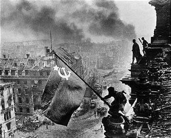 Image result for communist flag reichstag