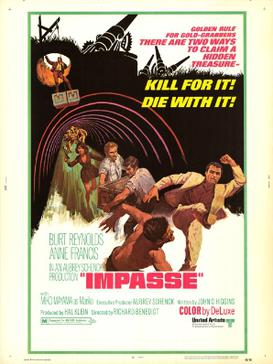 Movie poster featuring a man in a white suit kicking another man in the face. In the background, two men carry a large trunk and behind them an Asian woman in a black dress is running while holding a gun in her right hand. On top, a man stands on top of a large trunk while being hoisted out of a hole.