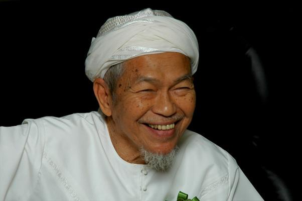 File Nik Abdul Aziz Bin Nik Mat 2008 Jpg Wikipedia