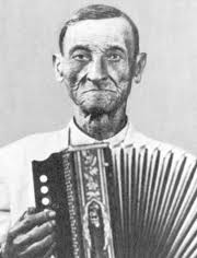 Ñico Lora merengue accordion.jpg
