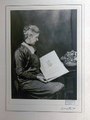 Julia Lloyd (kindergarten) Lloyd, Julia (1867–1955), educationist