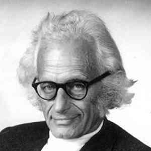 Herbert Fröhlich British physicist
