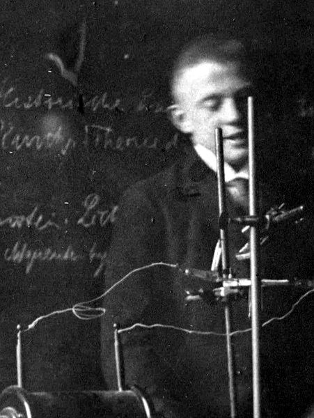 Werner Heisenberg - Wikipedia