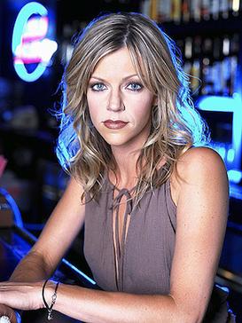 Deandra Reynolds - Wikipedia