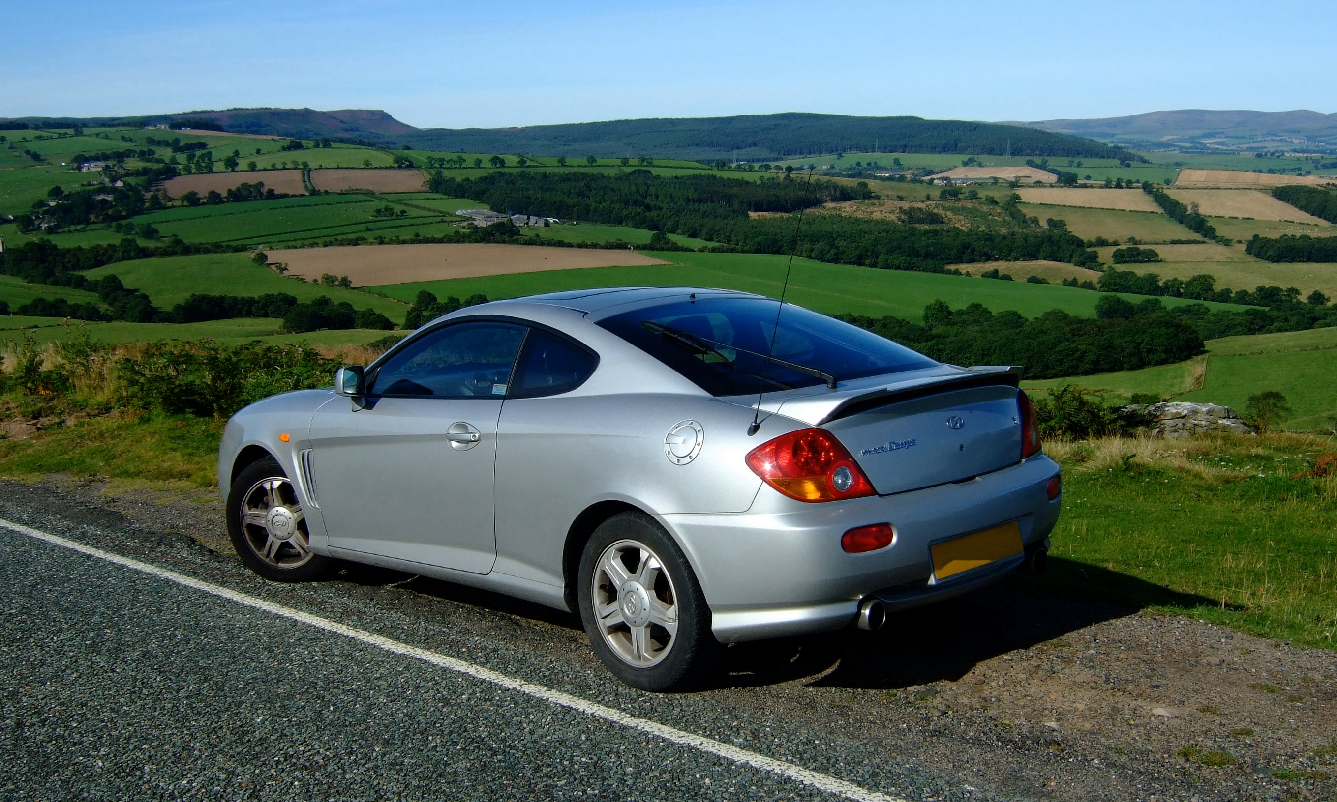 file hyundai coupe 2002 jpg wikipedia https en wikipedia org wiki file hyundai coupe 2002 jpg