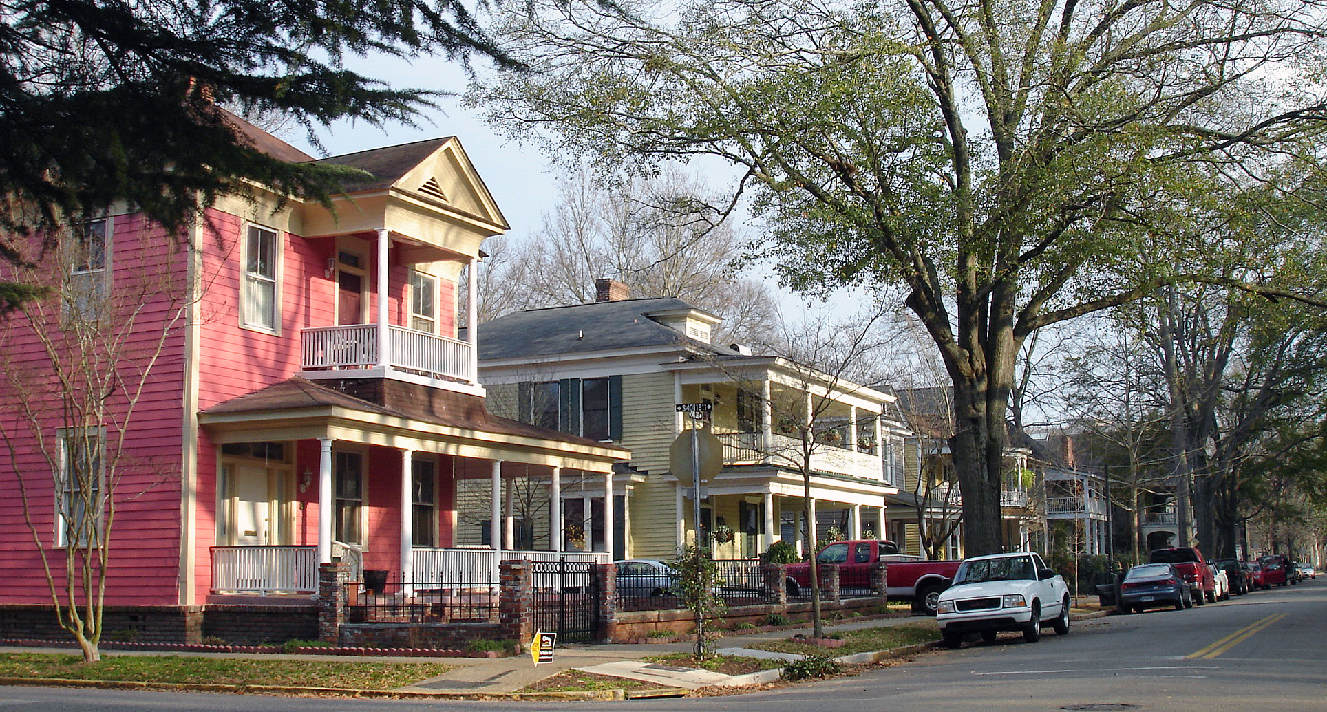 Elmwood park neighborhood