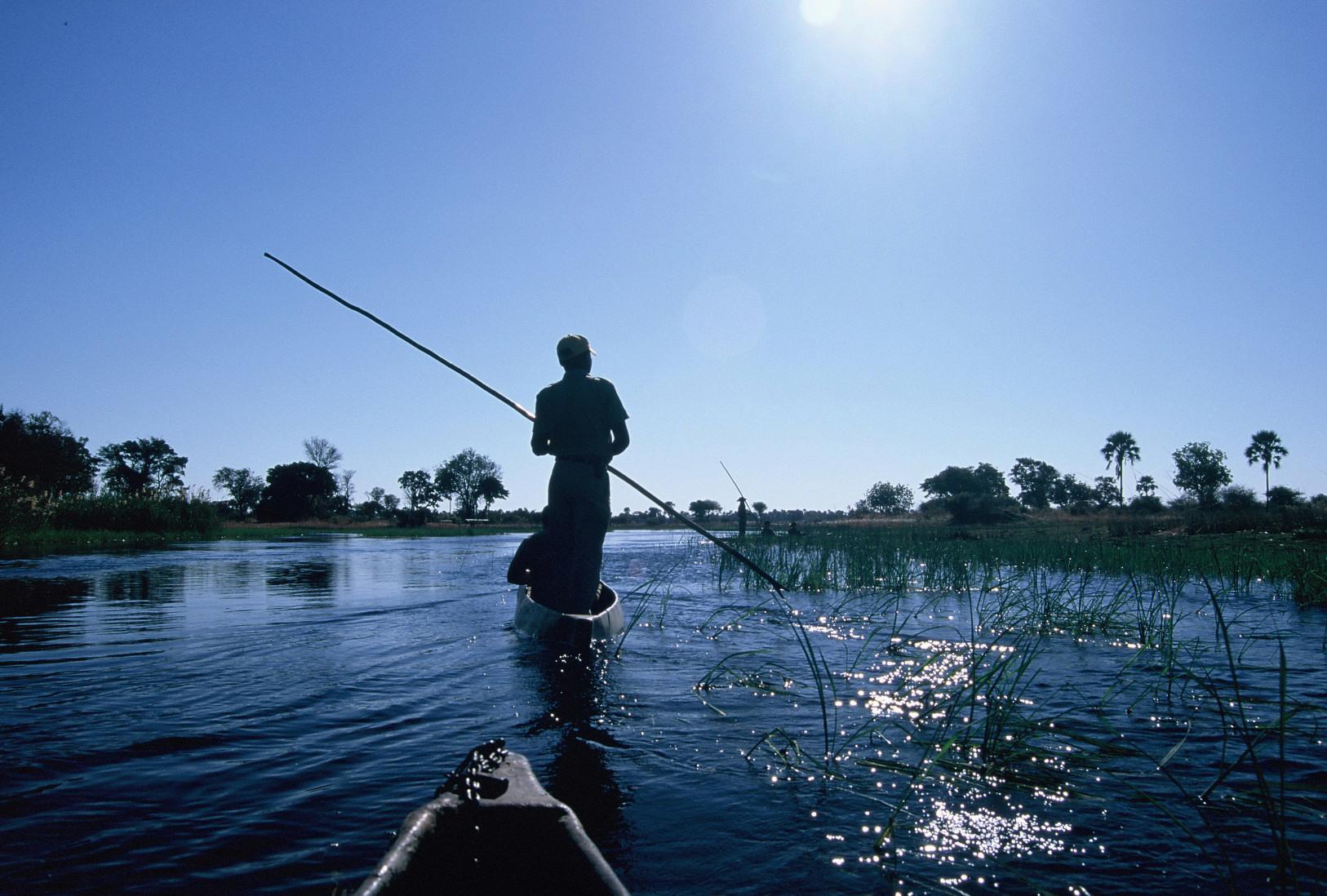 Original file  (1,626 × 1,098 pixels, file size: 541 KB, MIME type ...: en.wikipedia.org/wiki/File:Mokoro_on_the_Okavango_Delta.jpg