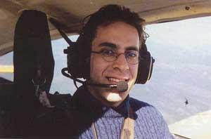 Ziad al-Jarrah a los mandos de un avión