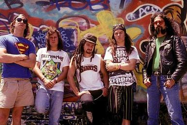 Faith No More in a promotional photo for The Real Thing, c. 1989-1990 FNM PP TRT.jpg