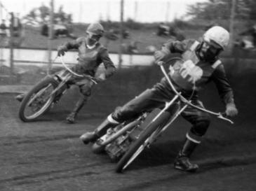 Eric Boocock (Halifax) leading Hackney's Gerry Jackson in a British League meeting at Hackney in May 1965  (From the John Somerville Collection)