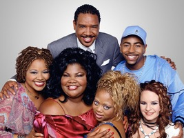 "The Parkers main characters of Seasons 2–5 with Jenna von Oÿ and Ken Lawson becoming regulars and the addition of Yvette Wilson (replacing Mari Morrow) joining the cast: (l-r) Professor Oglevee, Thaddeus ""T"" Radcliffe (back row), Andell Wilkerson, Nikki Parker, Kim Parker and Stevie Van Lowe (front row)"