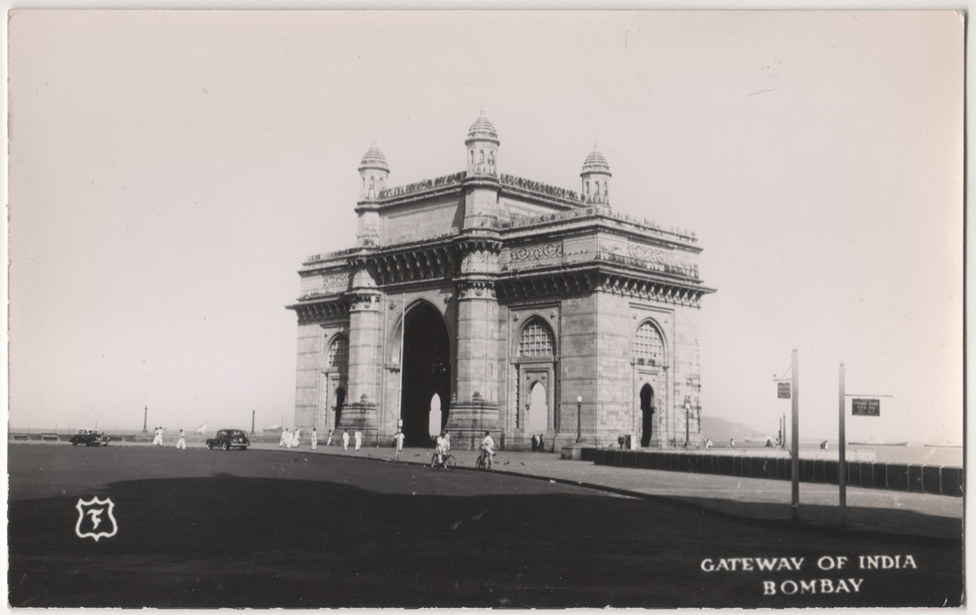 File:Vintage Postcard of Gateway of India.jpg