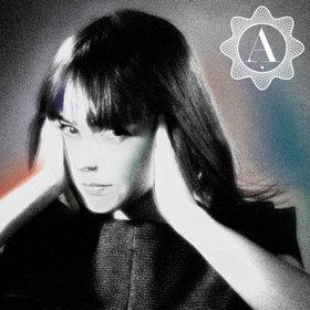<i>Une enfant du siècle</i> 2010 studio album by Alizée