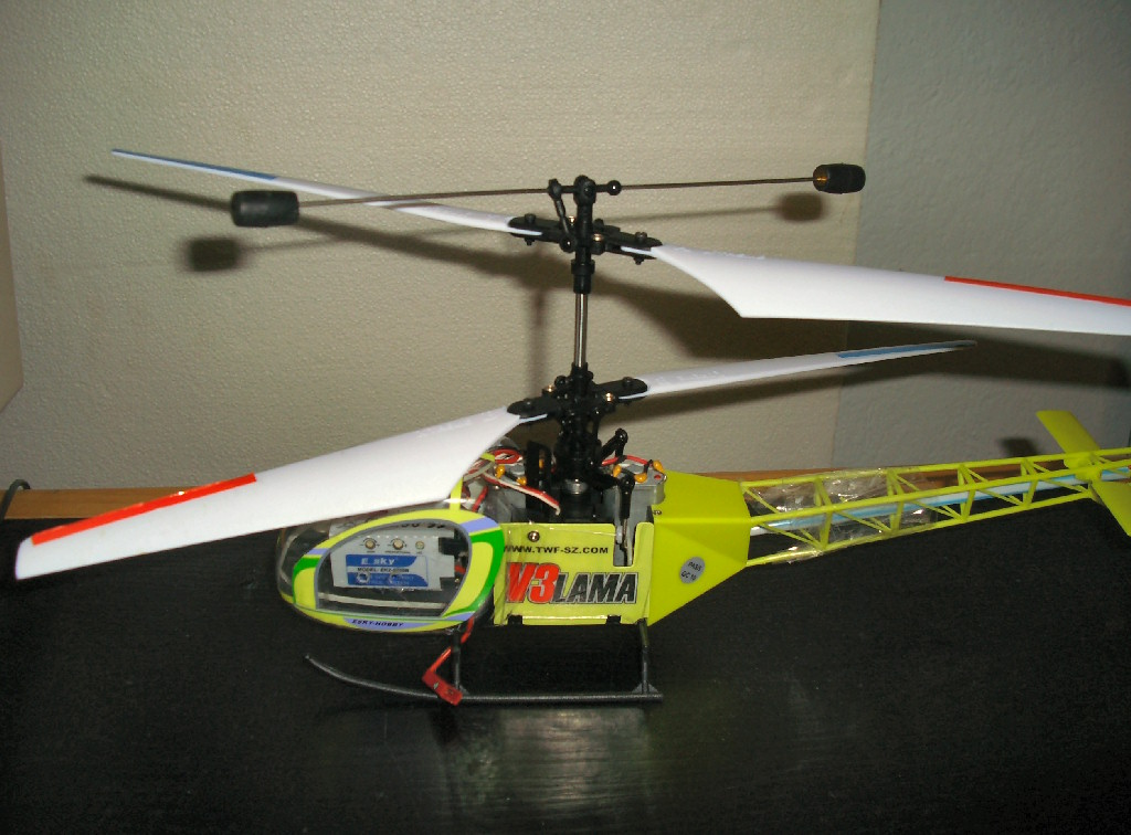 Radio-controlled helicopter - Wikipedia on double horse helicopter, syma helicopter, world tech toys helicopter, wl toys helicopter, kyosho helicopter, air hogs helicopter,