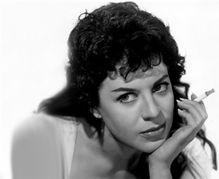 Valerie Gaunt British actress (1932-2016)