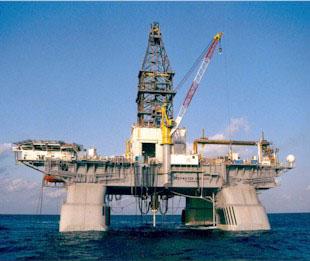 http://upload.wikimedia.org/wikipedia/en/e/e0/Deepwater_Horizon.jpg