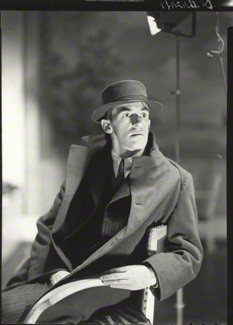 John Hampson by Howard Coster.jpg