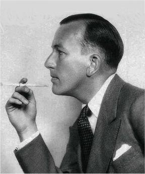 Coward_with-cigarette-holder People in History: Noël Coward