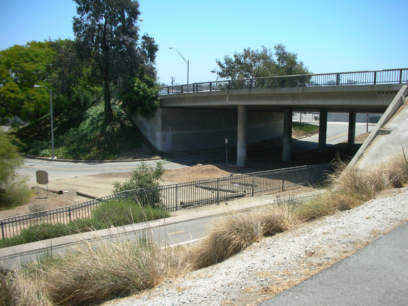Los Angeles River Bikeway Access At The Pch In Long Beach La Bicycle Path