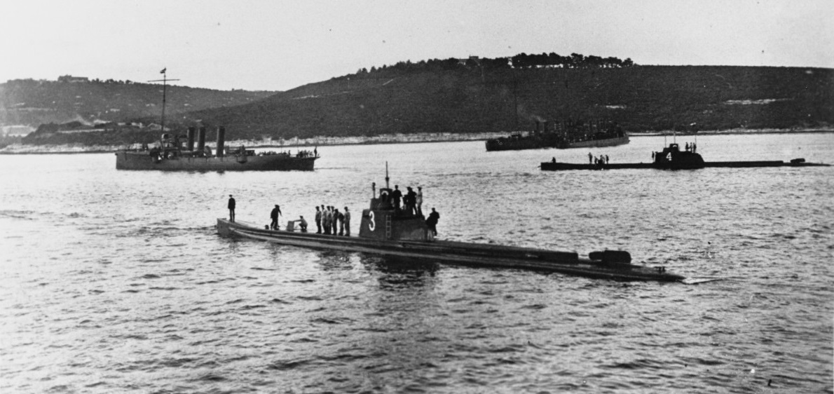 Both members of the U-3 class, SM U-3 (front) and SM U-4 (right rear), are seen here in this undated photograph.
