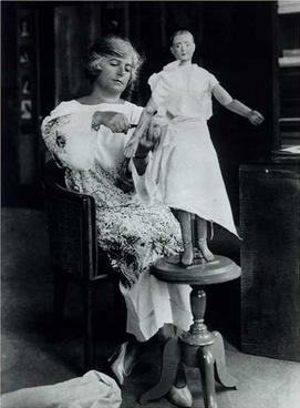 File:Madeleine Vionnet in her studio about 1920.jpg
