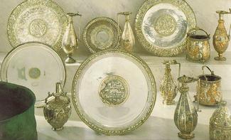 The Seuso Treasure exhibited in 1990. 70dd5e932a