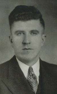 Lloyd Pollock Canadian ice hockey administrator and businessman