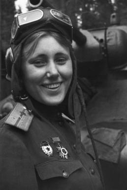 Aleksandra Samusenko, 1943.jpg