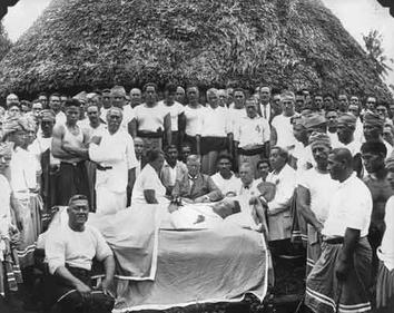 Chiefs from all around Samoa mourning the 1929 death of Mau Movement leader, Tupua Tamesese Lealofi III, after the Black Saturday killings by NZ Soldiers. Funeral of Tamesese.jpg