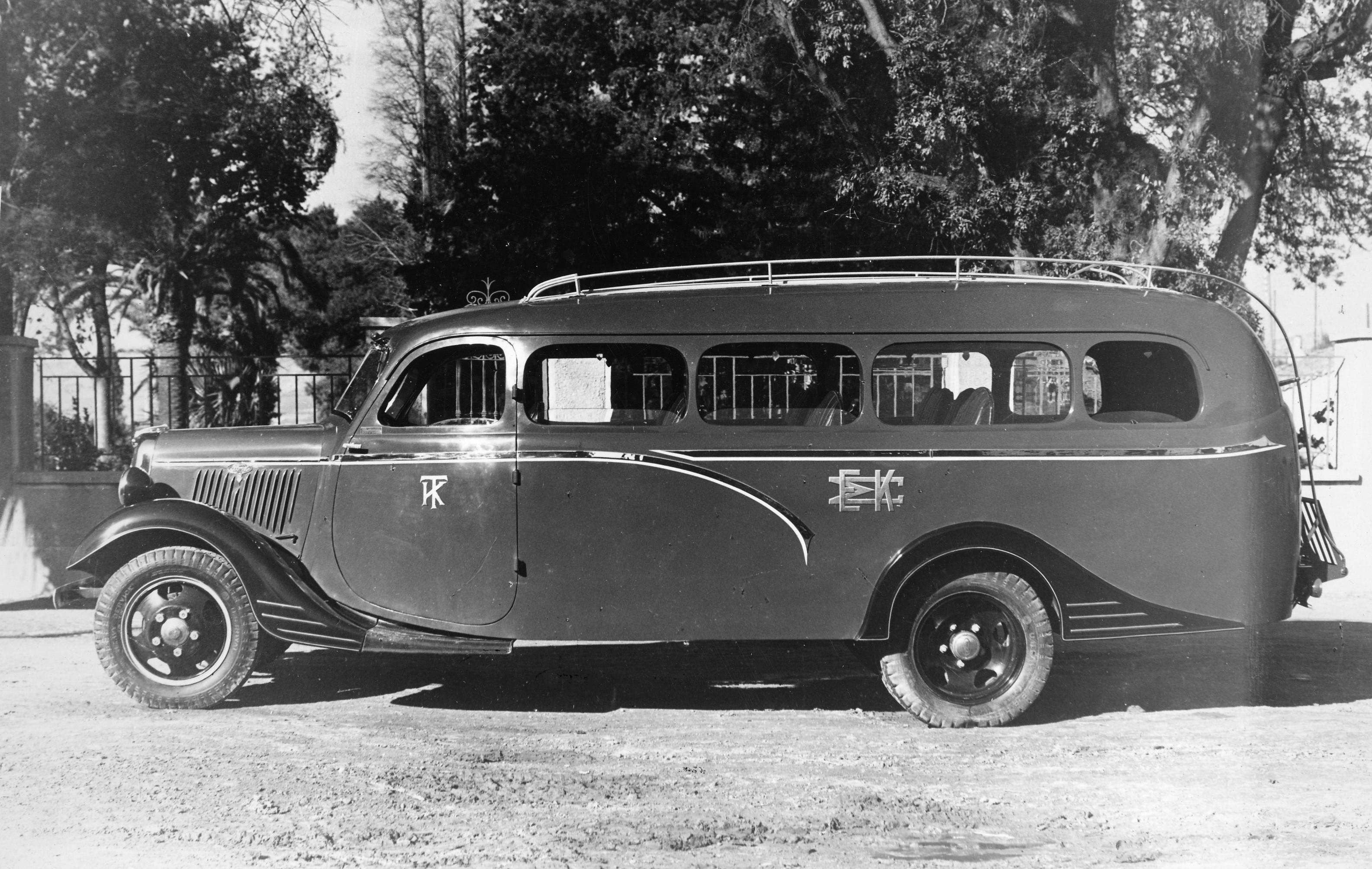 File:Tangalakis Ford 1935.jpg