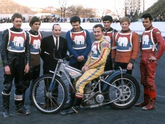 Halifax Dukes - Halifax 'Dukes' 1970   Standing - Dave Younghusband, Les Sharpe, Eric Boothroyd (Promoter), Alan Jay, Terry Lee, Colin Mckee, Greg Kentewell   On Machine - Eric Boocock (Captain)   (From the John Somerville Collection)