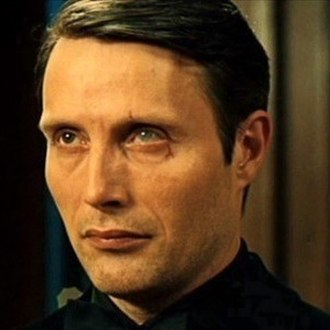 Le Chiffre - Mads Mikkelsen as Le Chiffre in Casino Royale (2006)