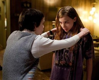 Let Me In (film) - Moretz and Smit-McPhee as Abby and Owen were praised by critics for their chemistry and maturity on-screen.