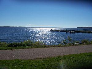 Seneca Lake (New York) - Looking south on Seneca Lake in the city of Geneva, New York