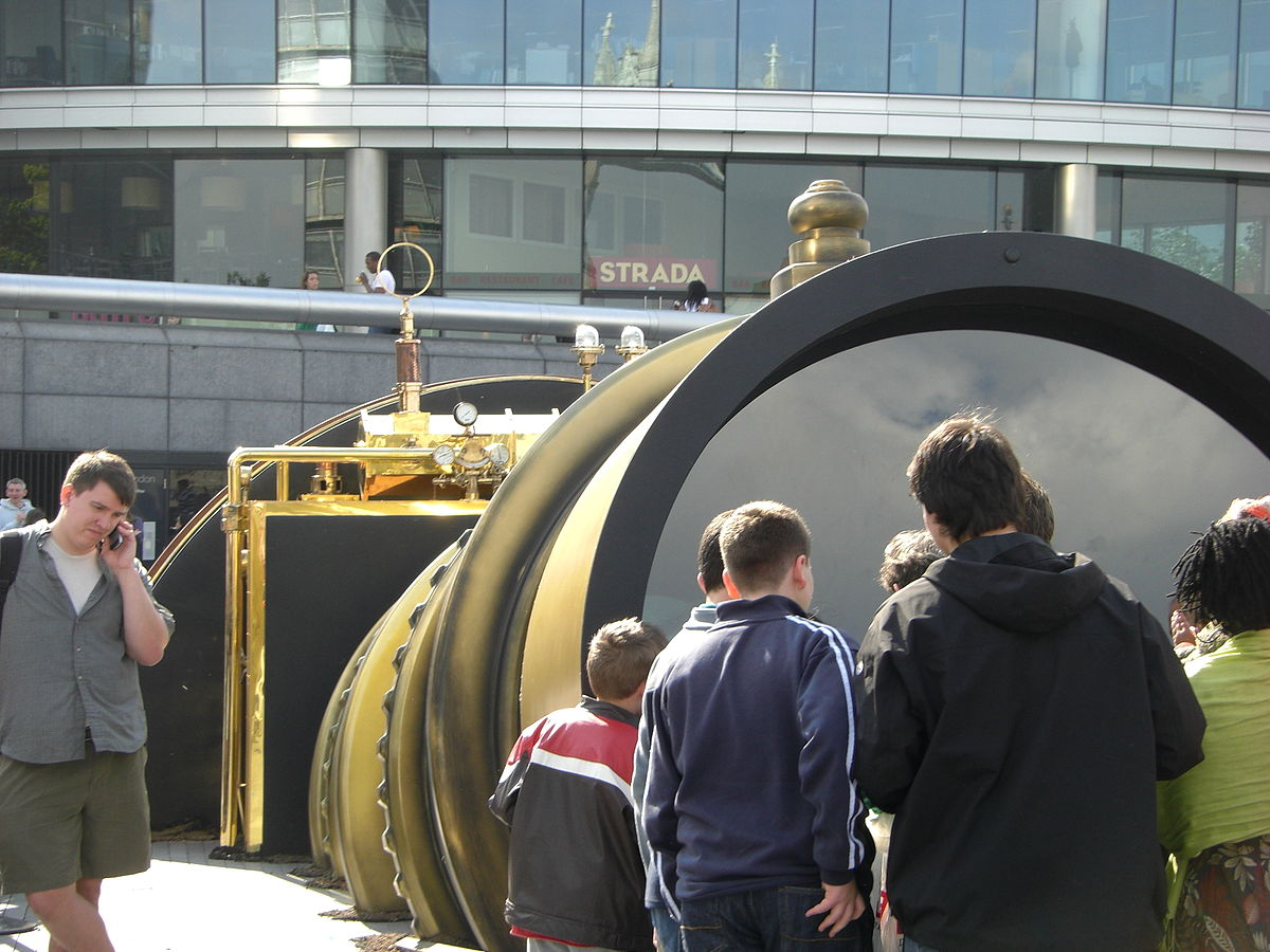 Telectroscope observers in London.jpg