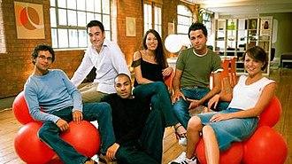 Bedsitcom - Image: Bedsitcomcast 1