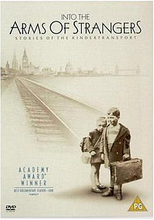 <i>Into the Arms of Strangers: Stories of the Kindertransport</i> 2000 film documentary directed by Mark Jonathan Harris