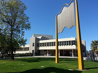City of Mount Gambier - City of Mount Gambier Council Chambers and offices
