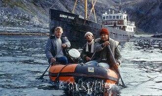Orion's Belt (film) - Sverre Anker Ousdal, Helge Jordal and Hans Ola Sørlie with Sandy Hook in the background
