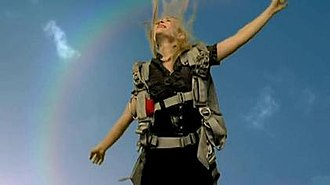 """Pocketful of Sunshine - A shot from the video, where Bedingfield """"escapes"""" from her workplace"""