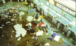 1985 Rome and Vienna airport attacks - Aftermath in a fast food restaurant in the Leonardo da Vinci International Airport after the attack